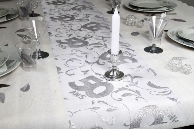 Chemin de table 50 ans accessoires de f te et d coration - Decoration de table pour anniversaire 50 ans ...